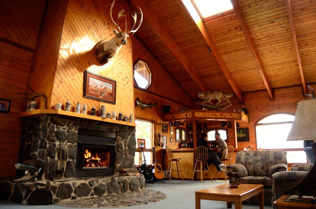 rich-lodge-fireplace
